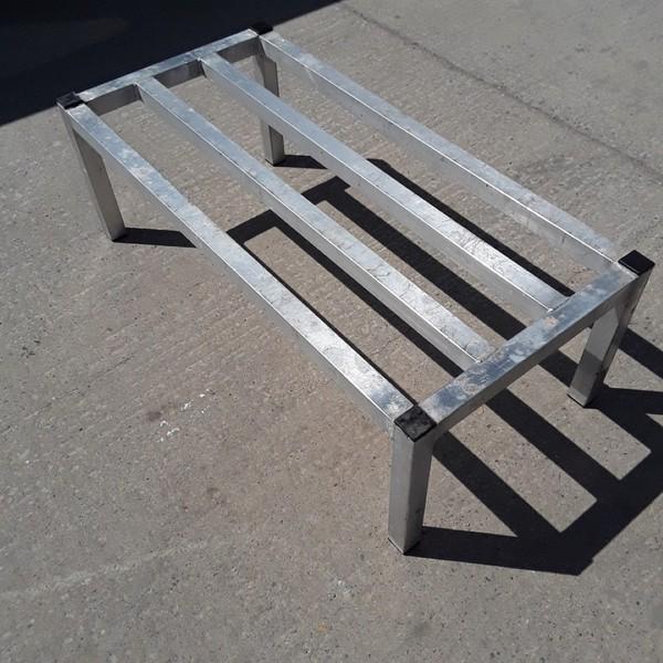 Buy Used Aluminium Stand (8795)