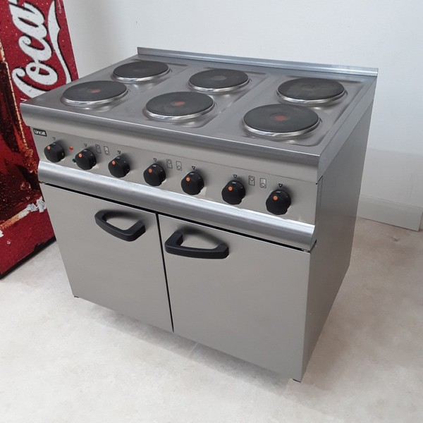 Selling New B Grade Lincat ESLR9C 6 Hob Range Cooker(U8799)