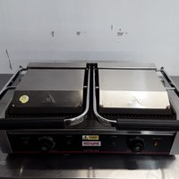 Used Parry Red One DCG Panini Contact Grill	(8800)