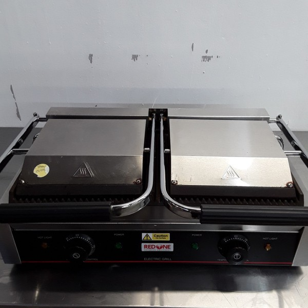 Used Parry Red One DCG Panini Contact Grill(8800)