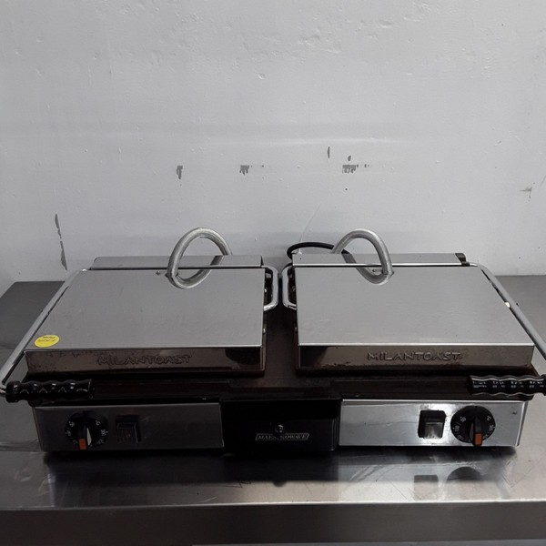 Used Maestrowave Milan Toast Panini Contact Grill(8821)