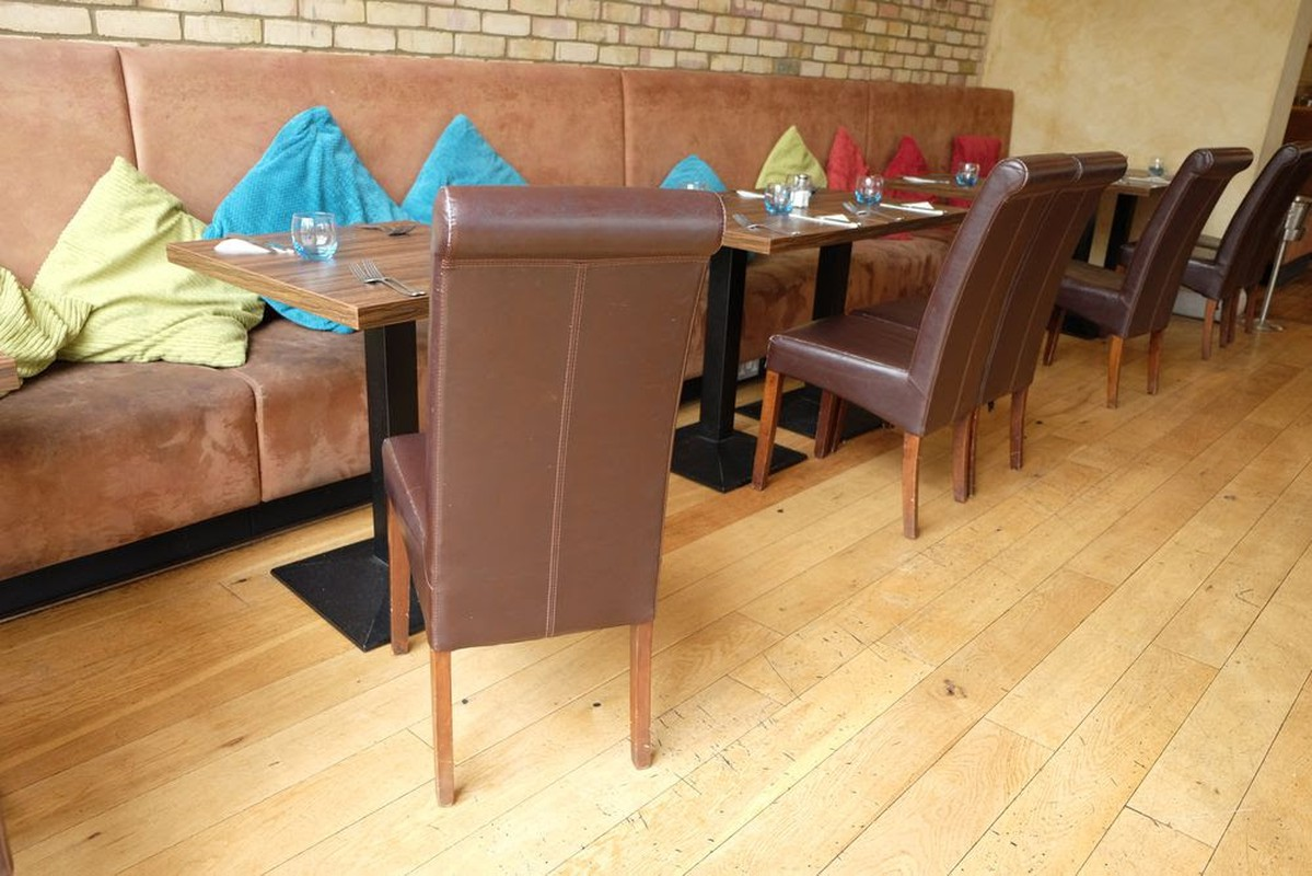 Secondhand Chairs And Tables Pub And Bar Furniture