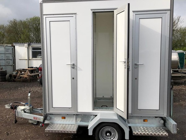 8Ft x 4ft toilet trailer