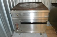 Solid top gas oven