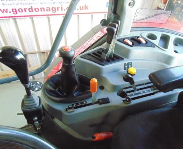 Massey Ferguson 4365 4WD