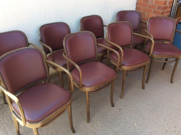 8x Upholstered Bentwood Chairs with Arms (CODE RC 102)