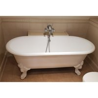 Used Roll Top Cast Iron Bath with Claw Feet (Product Code MF3227)
