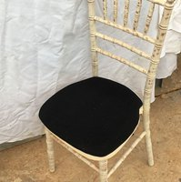 100 Black seat pads for Chivari, cheltenham marquee hotel chairs