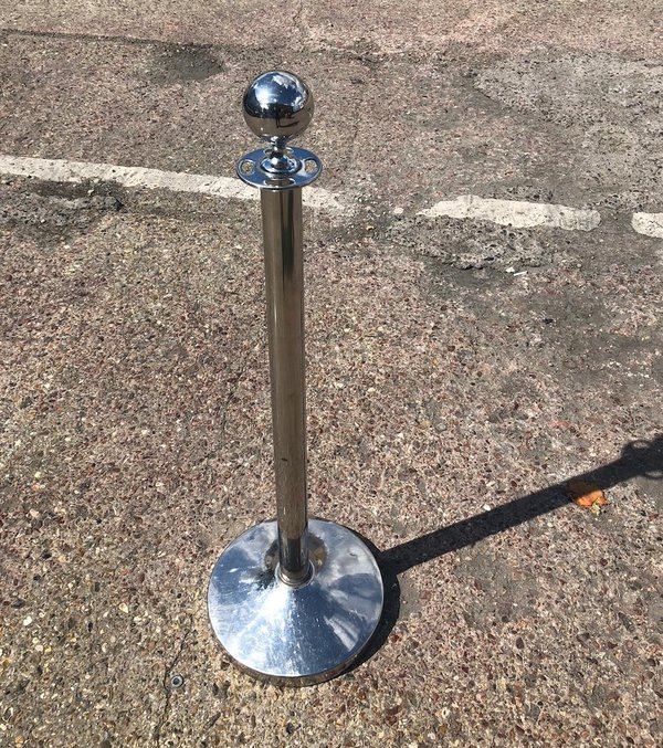 chrome barrier posts / stanchion