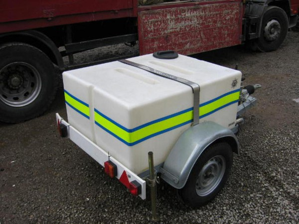 500 Ltr road tow trailer