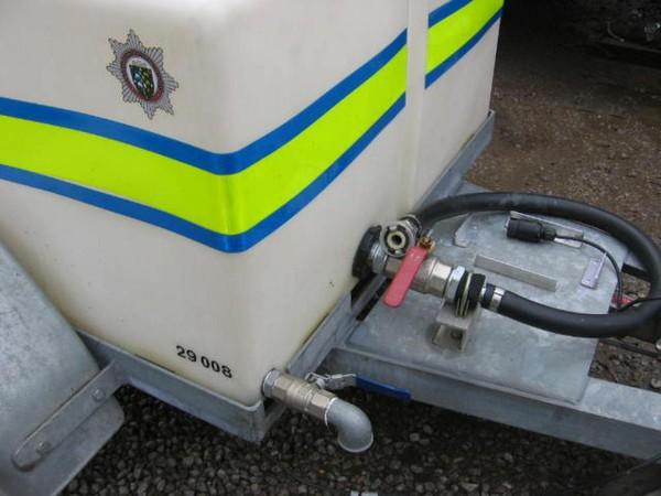 Water transport trailer