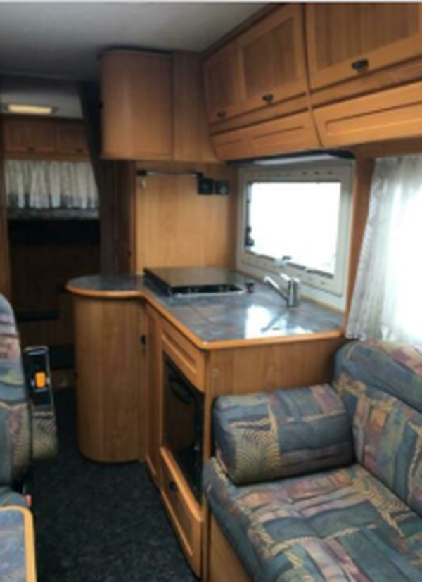 Secondhand Hymer E700