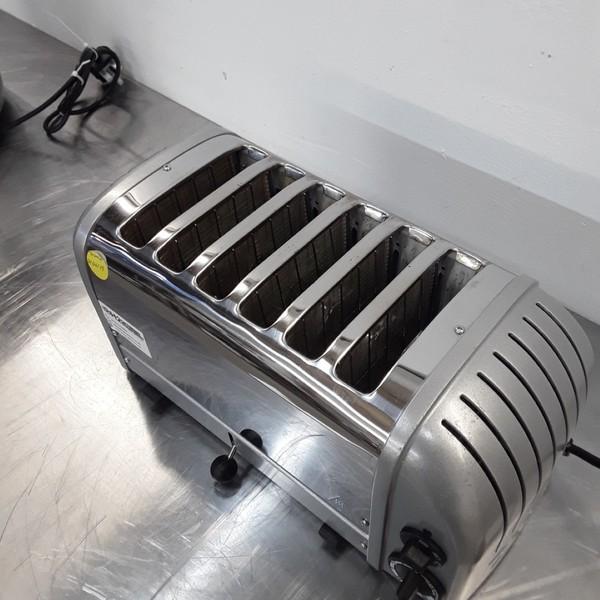 Dualit  6 Slot Toaster (9032)
