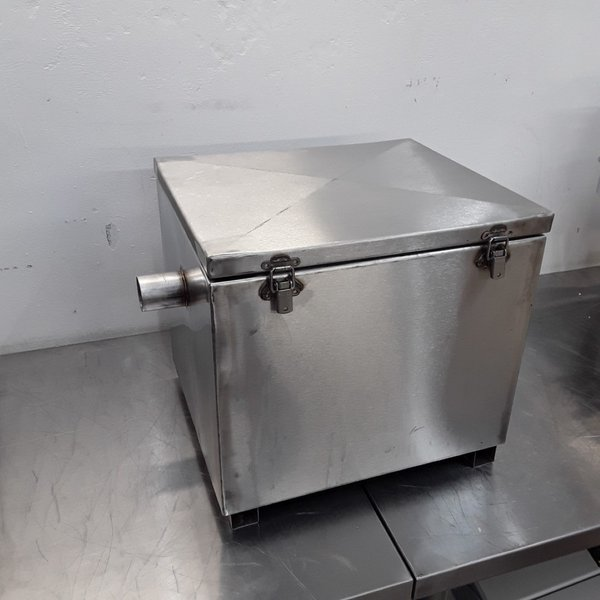 Used   Stainless Steel Grease Trap (9058)