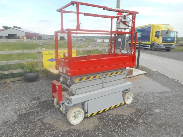 Skyjack SJ3219 self propelled scissor lift