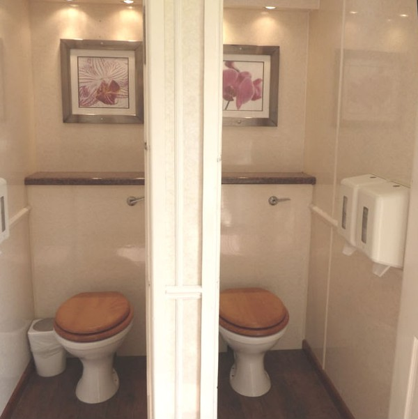2 + 1 Toilet unit for sale