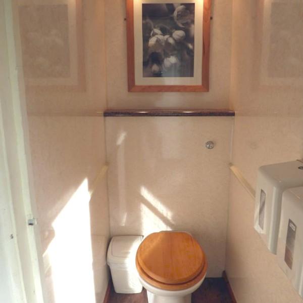 Luxury toilet unit for sale