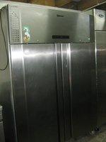Gram Plus F 1270 RSH C 8N Freezer
