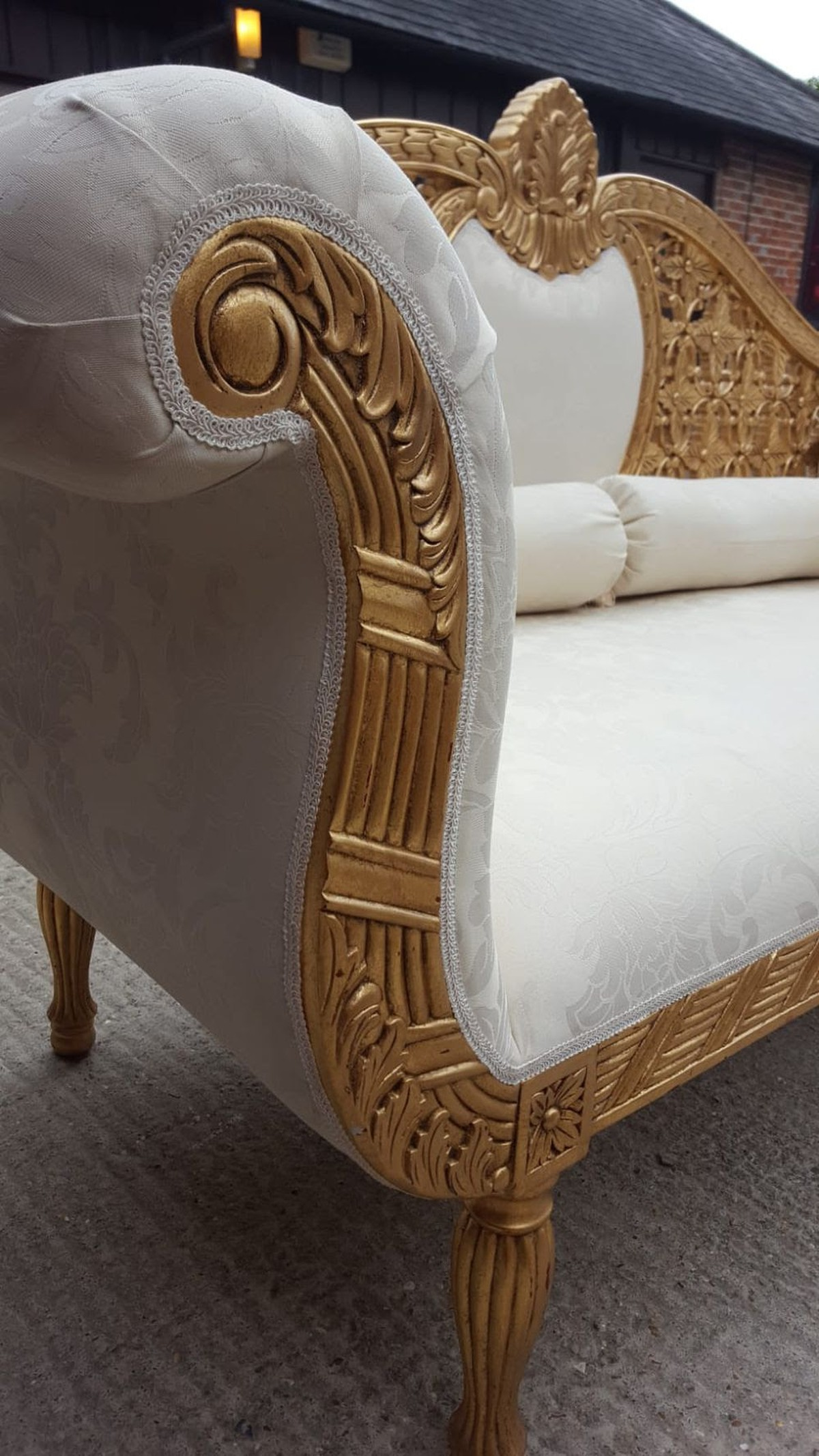 Secondhand Prop Shop Thrones And Wedding Chairs Gold