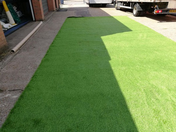 Rolls of artificial grass for sale