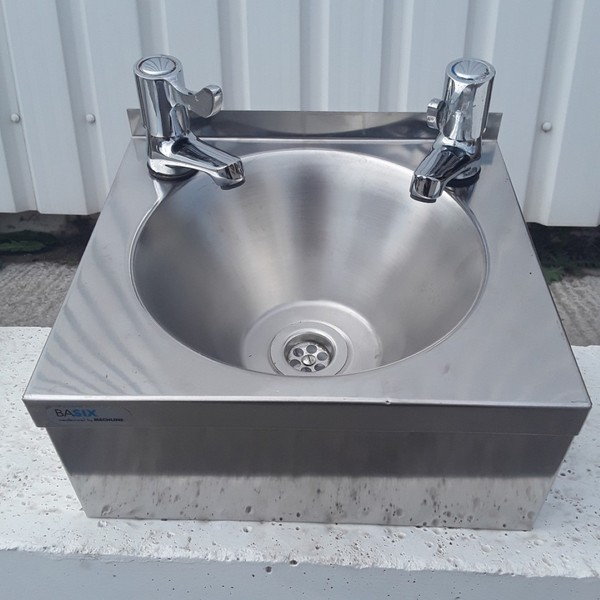 Used Mechline  Hand Sink	(9193)