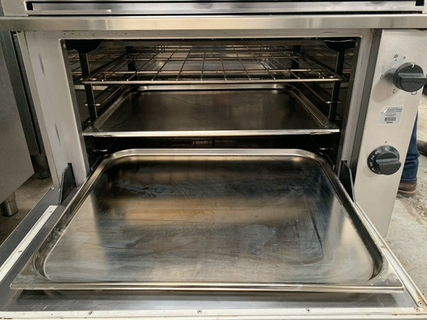four grid gas oven