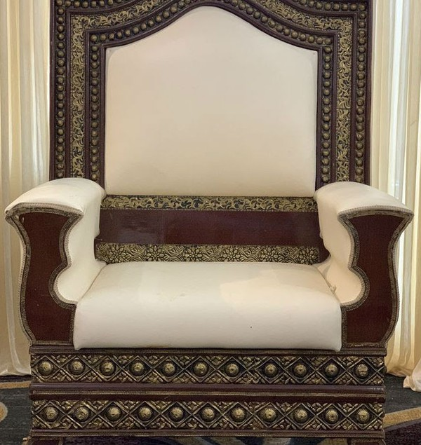 Asian wedding chairs