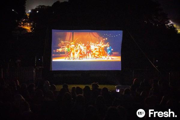 Inflatable cinema screen