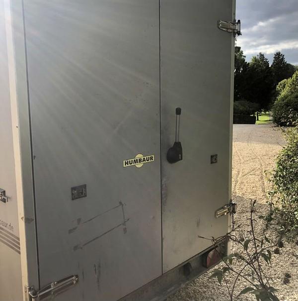 Fridge door trailer