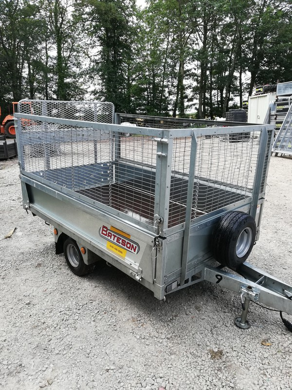 750kg trailer with mesh sides