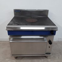 Used Blue Seal  Solid Top Range Cooker	(9331)