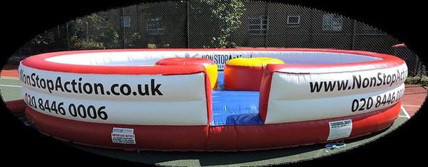 BeeTee Inflatable Gladiator Arena