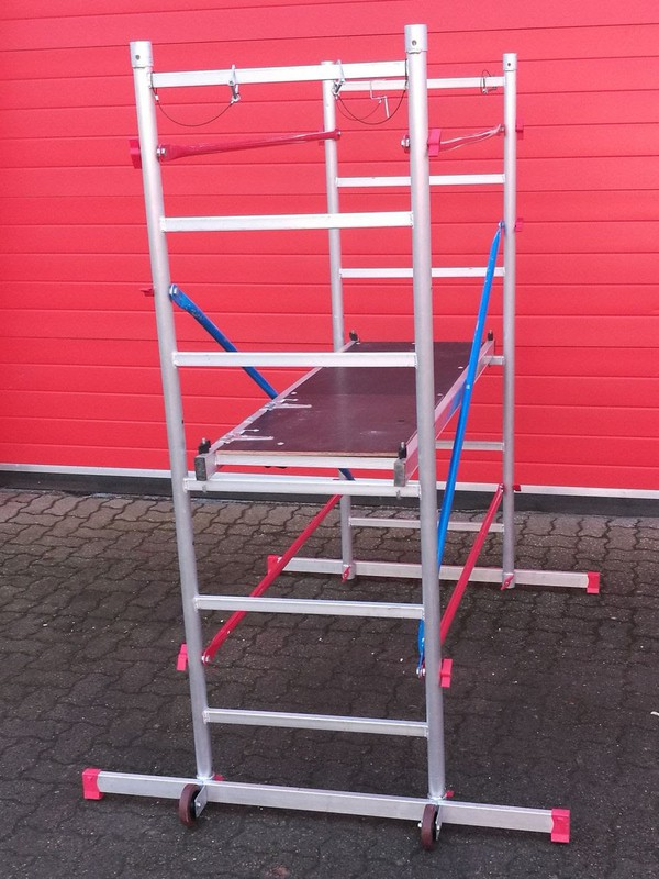 Used Ladder / scaffold Tower
