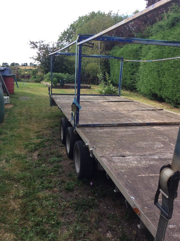 Ifor Williams Tri Axle 10 Toilet Trailer