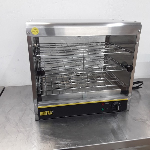 Used Buffalo GF454 Heated Display Pie Warmer (9425)