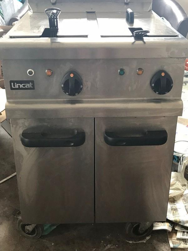 Lincat Opus 700 Electric Twin Tank Fryer