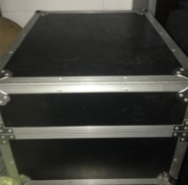 Secondhand flight case for sale