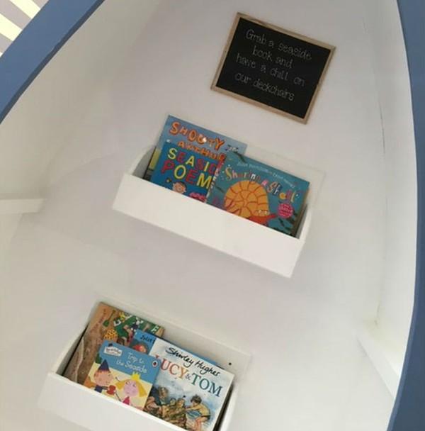 Boat book shelf