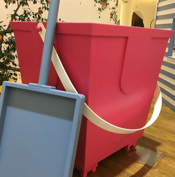 Giant bucket and spade prop