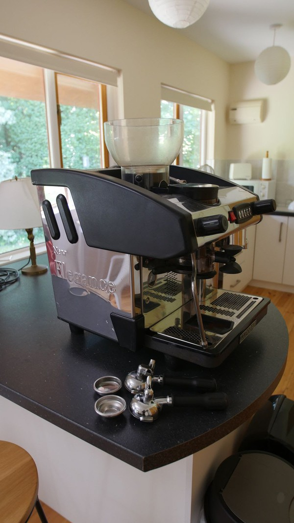 Expobar new elegance group 1 with built-in grinder
