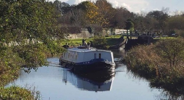 Wide beam house boat for sale