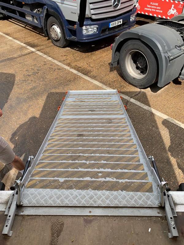 Flight case ramp