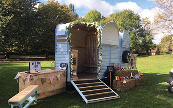 Horse Box Rice Trailer Photobooth Bar