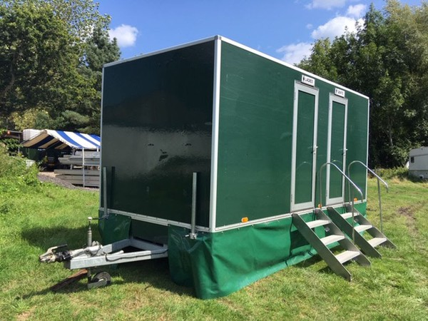3+1 Luxury Mobile Loo