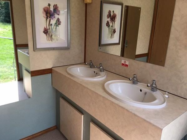 Green 3+1 Luxury Mobile Toilet