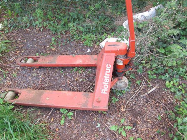 Pallet truck for sale