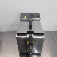 Ex Demo Buffalo CP793 Single Induction Fryer 7.5L (9572)