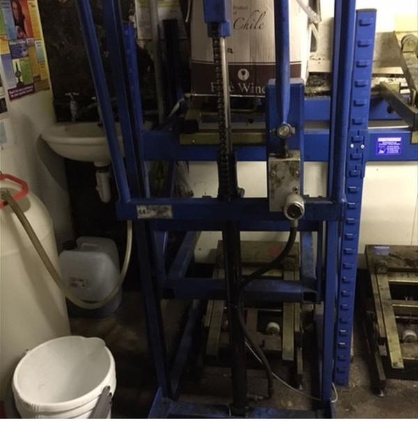 Kayel Cellar Racking System & Lift - Oakthorpe, Derbyshire 10