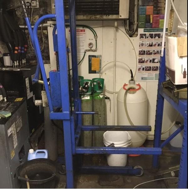 Kayel Cellar Racking System & Lift - Oakthorpe, Derbyshire 9