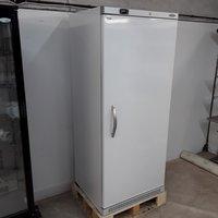 New B Grade Tefcold UF700V White Upright Freezer (H9627)